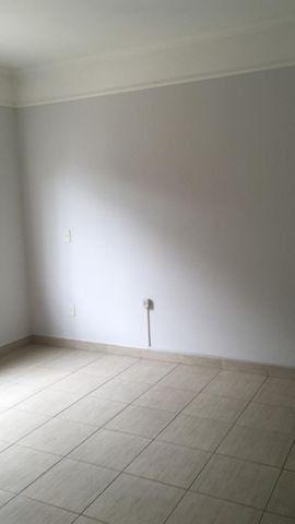 Casa Térrea de 02 dorm. + edícula de 1 dorm. - JD. Campos Verdes - Foto 13