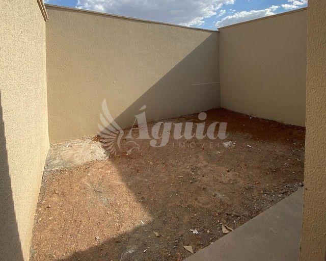 Casa térrea com 3 quartos e quintal no Setor Santo Hilário - Foto 20