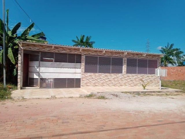 Casa com piscina recém construída  - Foto 2