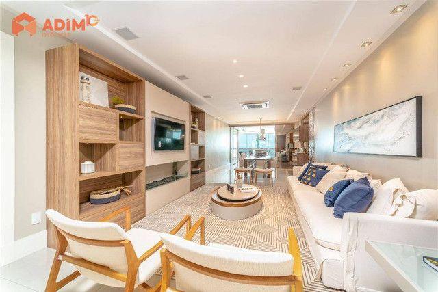 Apartamento frente mar, mobiliado e decorado com 4 suítes e 4 vagas privativas no Metrópol - Foto 3