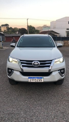 "Toyota Hilux sw4 diesel 4x4 srx ""abaixo da Fipe"" 7 lugares 2019 impecável!!! - Foto 3"