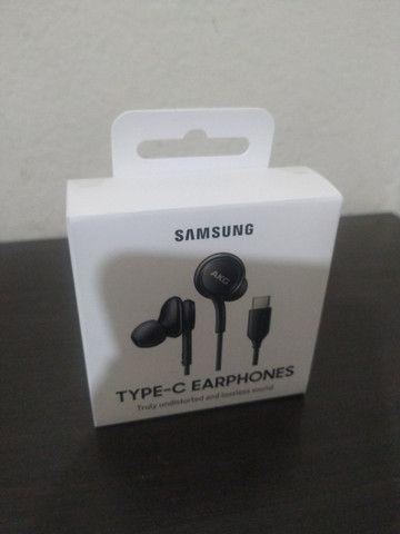 Fone de ouvido Intra Auricular Preto Samsung AKG (12 meses garantia e está lacrado)