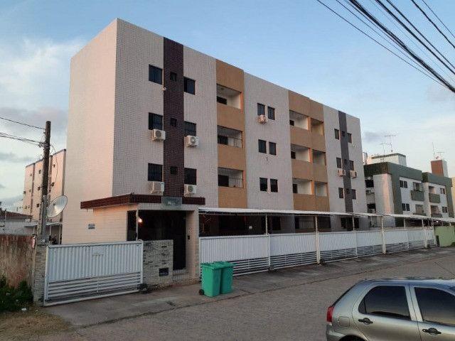 Apartamento no Bancários, 02 quartos com varanda - Foto 3