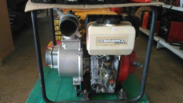 Motor bomba diesel seminovo vendo por menos da metade do preço de um novo