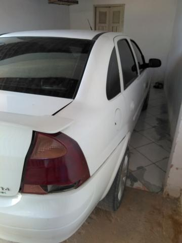 Vendo Corsa Sedã Branco 1.4 Econoflex, Gás/Gasolina - Foto 7