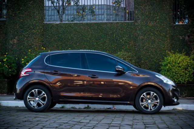 Peugeot 208 Grife 1.6 - Com Teto - Top - Impecável - Foto 8