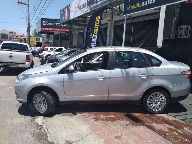 Grand Siena 1.6 essence 2014 o mais Novo de Sergipe - Foto 4