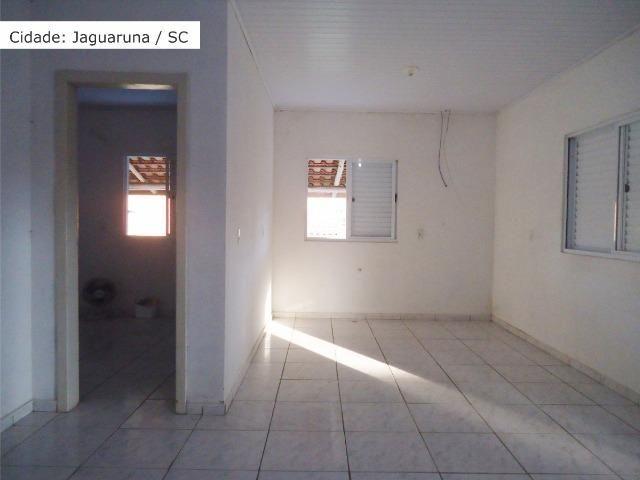 Aluga-se casa e Galpão no Laranjal - Foto 12