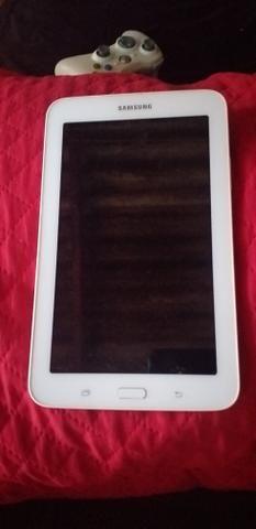 Vendo um tablet da Samsung