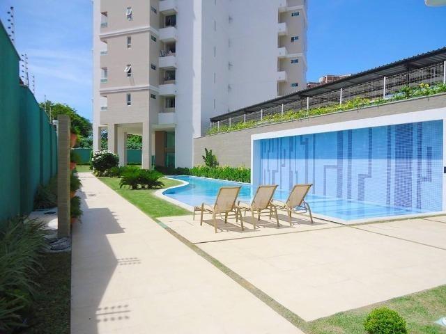 AP0645 Apartamento com 3 suítes e 3 vagas no Ed. Padre Joaquim Dourado
