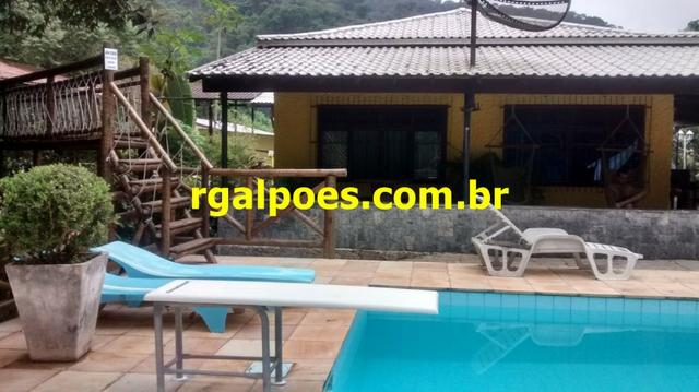 G 1423, Sítio de 2.000m² com piscina, churrasqueira próximo a Rio-Petrópolis - Foto 8