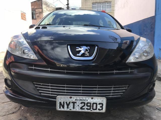 Peugeot 207 1.4 Flex 2011/2011 Baixa Km