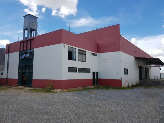 Galpão para alugar, 1.384 m² por R$ 25.000 Trecho STRC Trecho 4 - Zona Industrial - Guará/