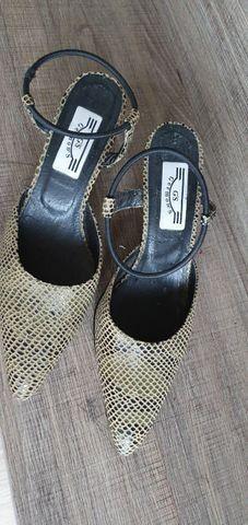 Sapato 35 germons couro - Foto 2