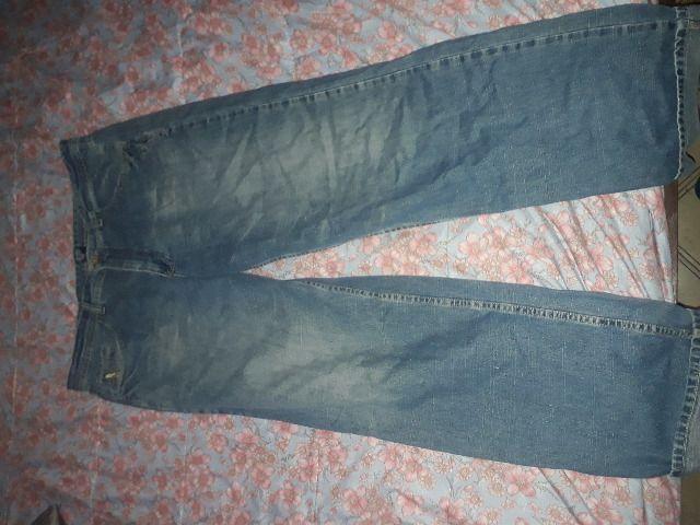 Lote de 2 lindas calças jeans, uma o tamanho é 50 e a outra 48