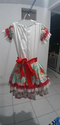 Lindo vestido de quadrilha ( de 5 já 7 anos )