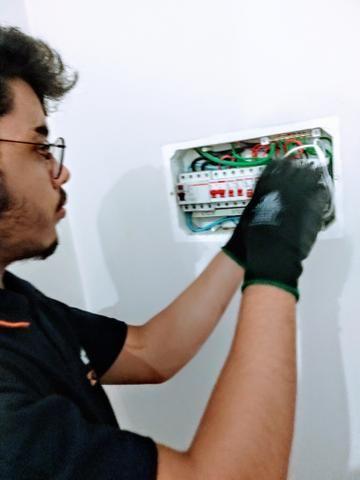 Eletricista de manutenção predial residência e comercial - Foto 5
