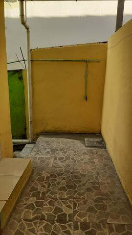 Barracão 3 cômodos + banheiro CANADÁ - Foto 10