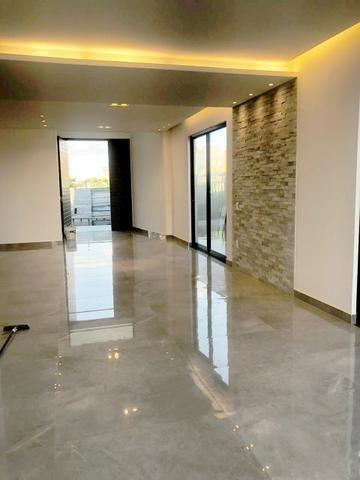 Casa no Condomínio Alphaville #suítes // área gourmet com piscina - Foto 6