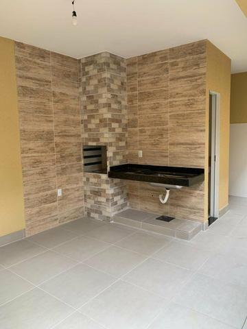 Casa nova 3 suítes plenas, sala com pé direito duplo, porcelanato, financia - Foto 15