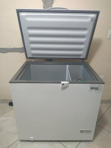 Freezer horizontal Consul 309 litros - Foto 2