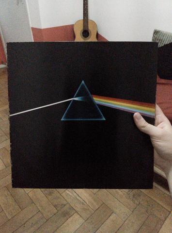 LP Vinil Pink Floyd The Dark Side Of The Moon (acompanha Wish You Were Here) - Foto 2