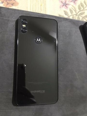Motorola one seminovo