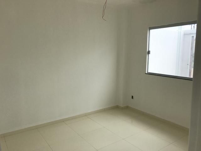 Belíssima casa 2/4 com suíte e possibilidade do terceiro quarto!! - Foto 4