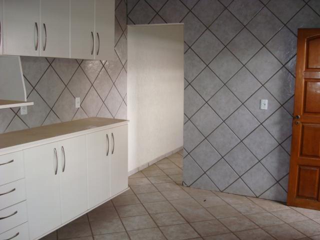 Casa para alugar com 2 dormitórios em Setor coimbra, Goiânia cod:204 - Foto 12
