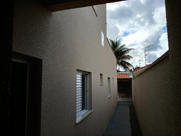 Casa nova 3 quartos sendo 1 suíte, porcelanato, prox a avenida t-63, financia - Foto 11