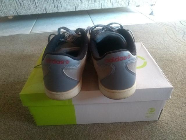 Tênis Adidas, ótimo estado de conservação!!! - Foto 2