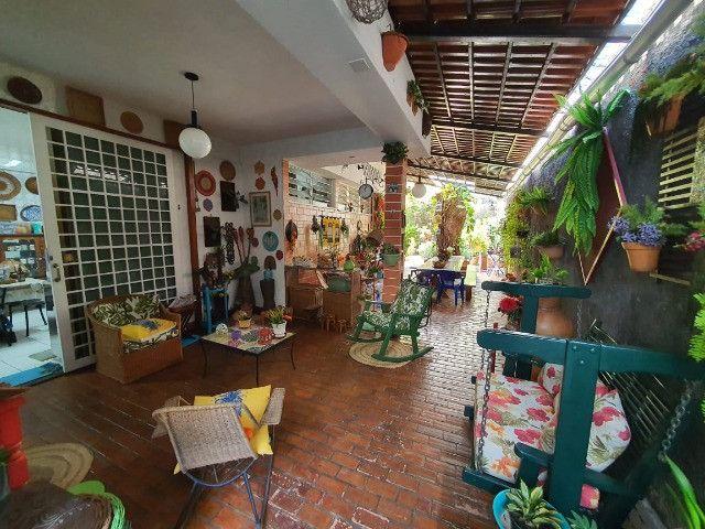 Alugo Casa de 2 andares no Centro 4 Suítes Disponível - Foto 2