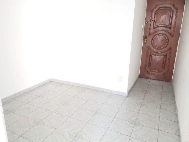 Apartamento 2 Quartos Elevador e Porteiro 24h Cascadura - Foto 5