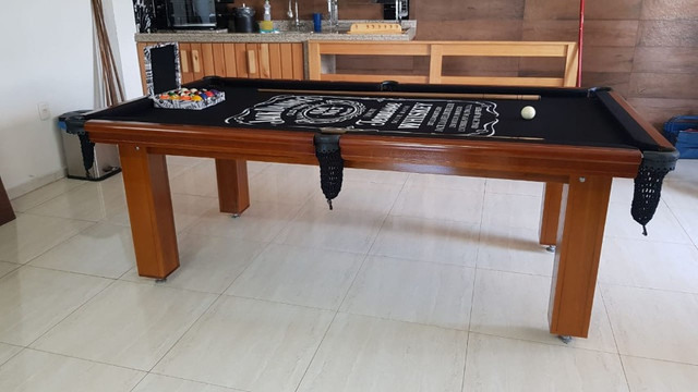 Mesa Madeira Redinha Cor Imbuia Tecido Preto Logo Jack Daniels Mod. CANR0054 - Foto 2