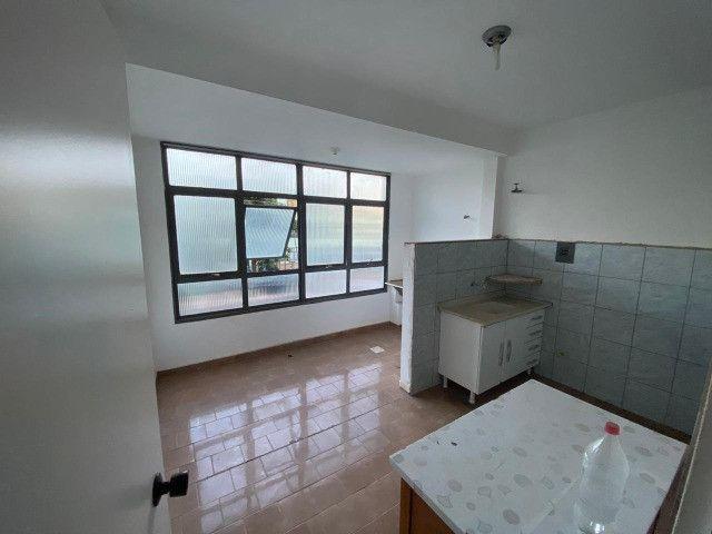 Lindo Apartamento com Planejados Próximo U.F.M.S - Foto 6