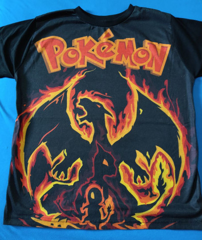Pokémon Camiseta Charizard