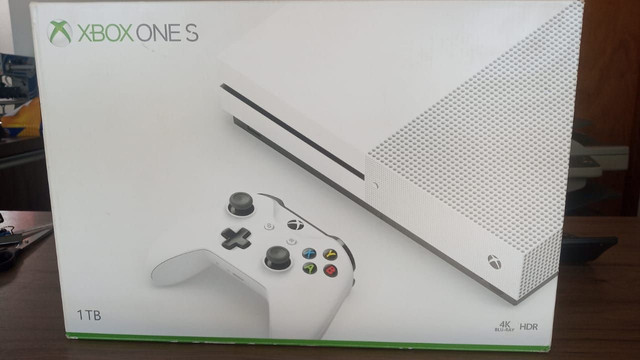 Xbox one s 1tb Gears of war 5 - Foto 2