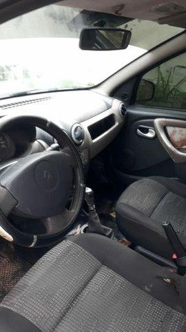 carro sandeiro da Renault ano 2008 completo aceito troca  - Foto 4