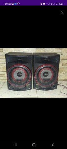 Vendo Dois caixas LG CL87 2350 watts - Foto 5