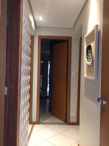 Lindo Apartamento Edifício Costa Azul São Francisco - Foto 7
