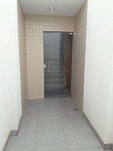 Cobertura pronta pra morar no Rio Branco ? 2 quartos, churrasqueira, 1 vaga - Foto 16