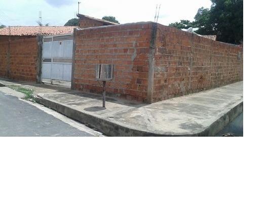 Casa na piçarreira zona leste 9 8809 0070
