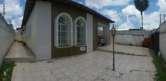 Casa pertinho da Av Frei Serafim
