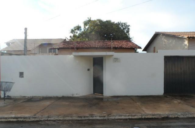 Casa 2/4 605 sul
