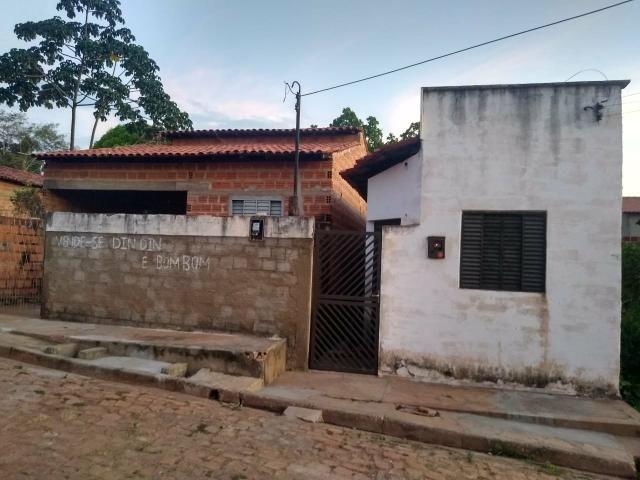 Terreno com 2 casas medindo total 18×30