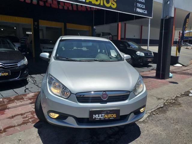 Grand Siena 1.6 essence 2014 o mais Novo de Sergipe - Foto 2