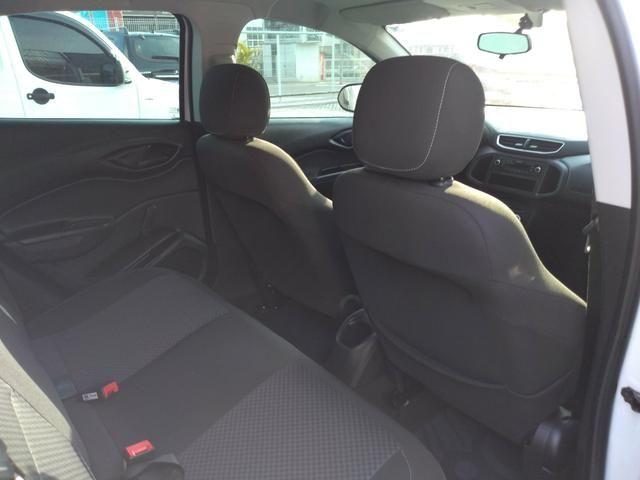 Onix LT completo abaixo tabela pneus okm air bag abs revisado garantia - Foto 7