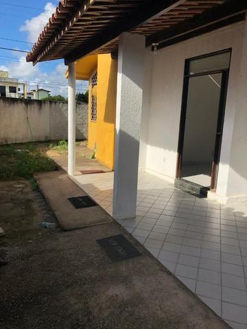 Vendo Casa no Antares com 3 quartos - Foto 2