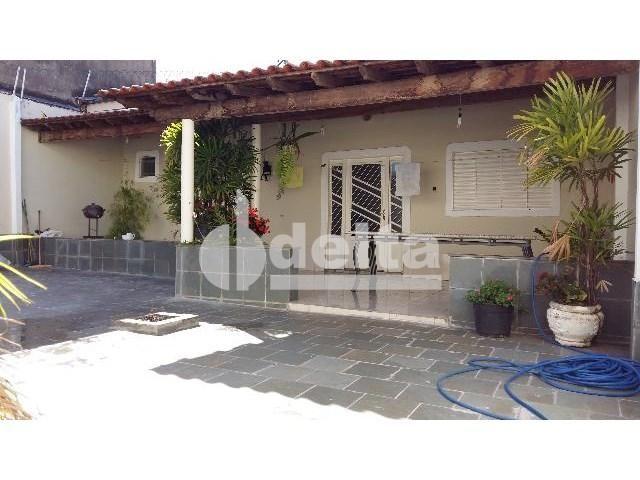 Casa para alugar com 3 dormitórios em Jardim brasília, Uberlândia cod:301289 - Foto 2