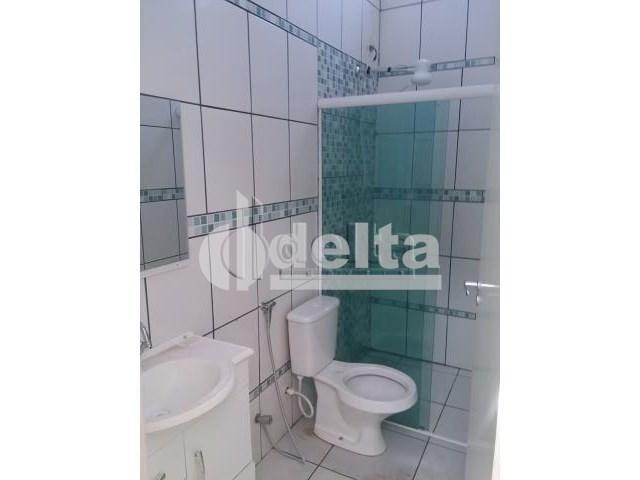 Casa à venda com 3 dormitórios em Pampulha, Uberlândia cod:28382